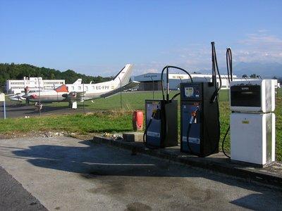 aéroport,station,service,erla,carburant,soute,citerne,avion,logiciel,gestion,carburant,stockage,distribution,maintenance,base,aérienne,automate,borne,volucompteur,gasoil,gnr,essence,jet,kérozène,avgas,hélicoptère -- Cliquez pour voir l'image en entier